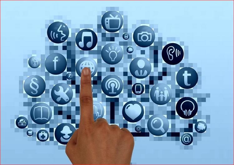 Quelques astuces pour insérer des boutons social media sur votre blog