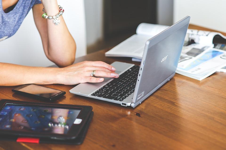 L'assistant de direction, un métier qui a beaucoup évolué avec les nouvelles technologies