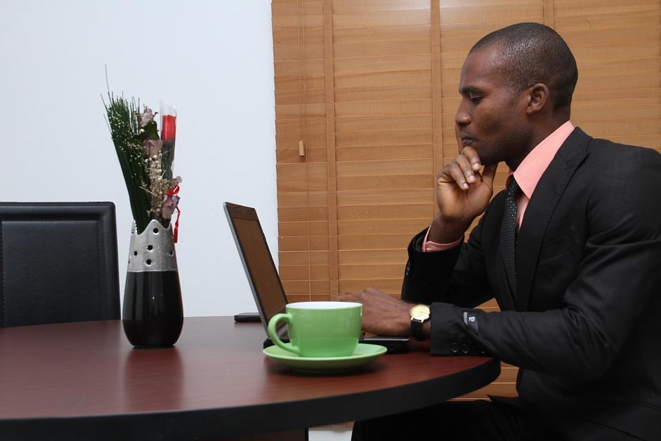 Les entreprises à la recherche de l'exemplarité des leaders