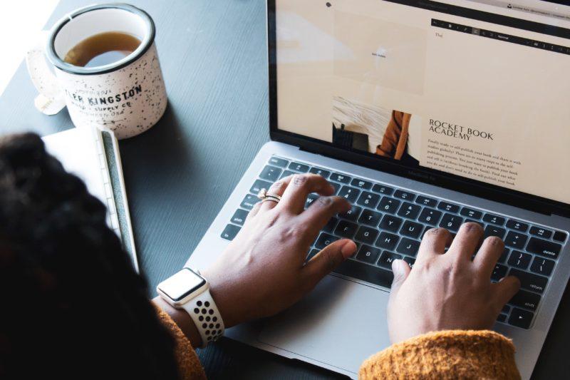 Le service freelance emboîte le pas au CDI en entreprise