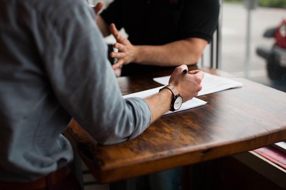 Entretien d'embauche : attention à vos tics de langage