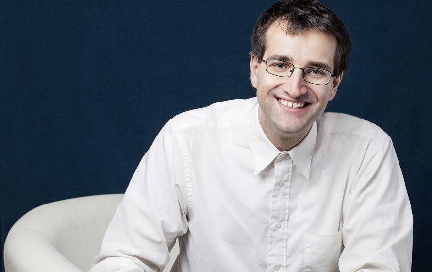 Josef Schovanec, un autiste polyglotte et auteur
