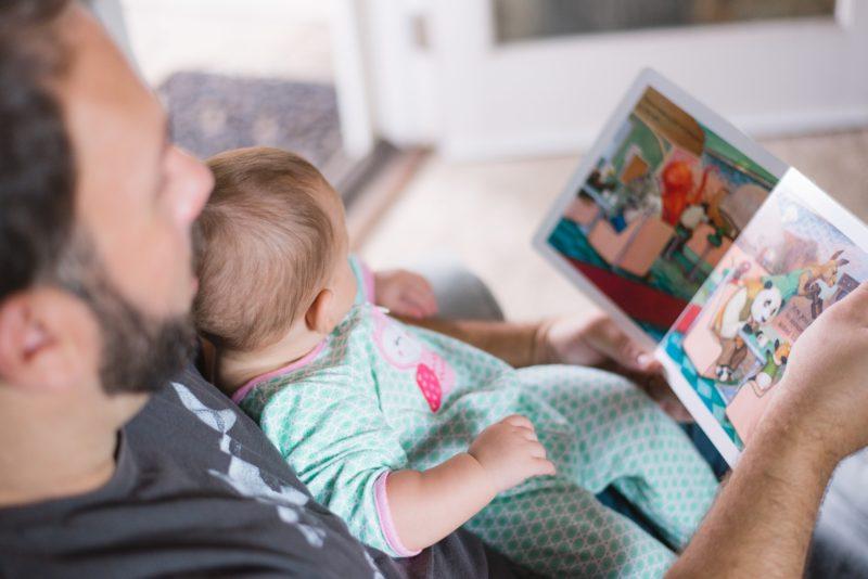 Congés de paternité : parlons-en!
